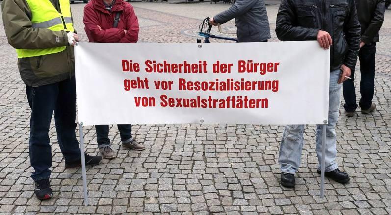 Protest-Sexualstraftaeter
