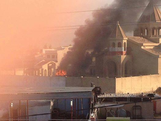 Brennende Kirche in Mossul